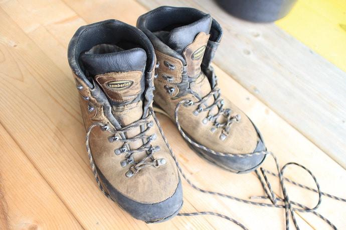 ザンバラン 登山靴