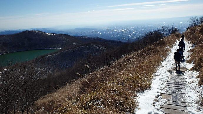 赤城山地蔵岳と小沼