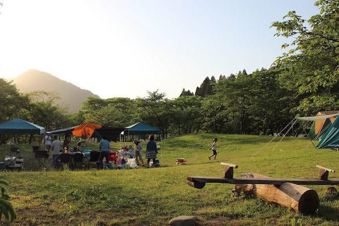 ツリーピクニック アドベンチャー いけだ キャンプ