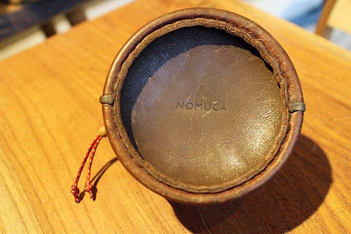 NOMUCA(ノムカ)の革のガス缶ケース