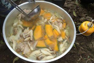 南瓜シチューの準備と食材