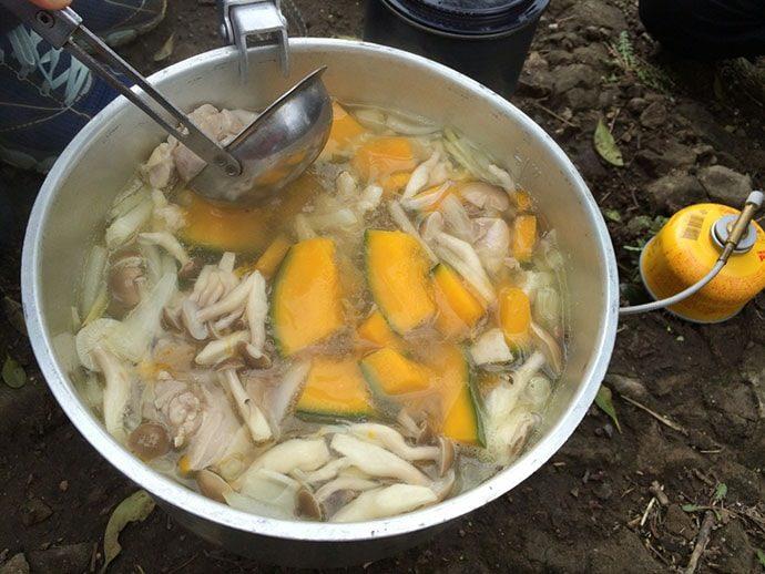 山ごはん『南瓜シチュー』の準備と食材