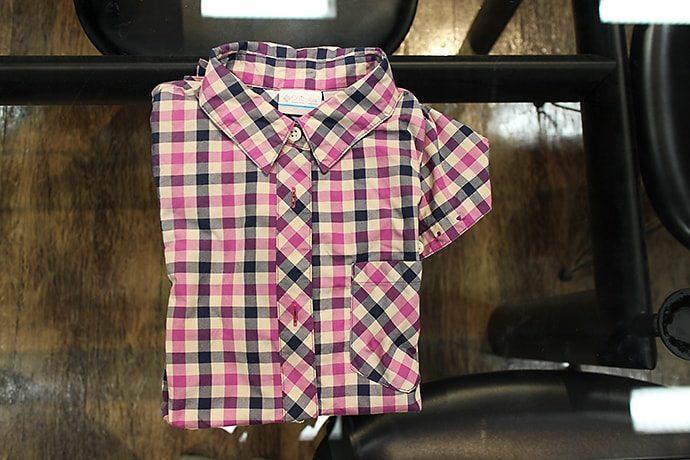 ロングトレイルを共にしたボタンダウンのシャツ