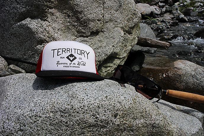 Territory RUN CO.トラッカーハット