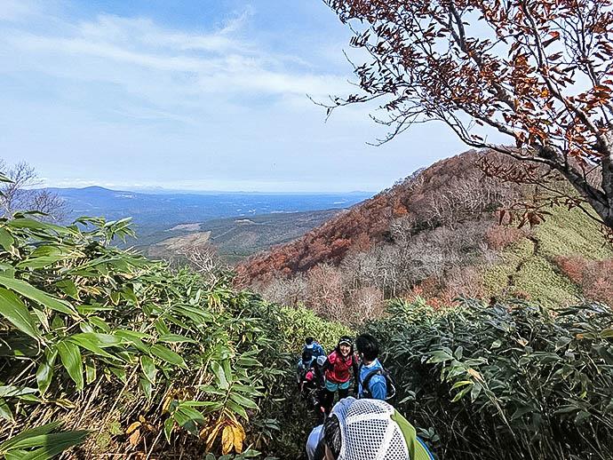 七時雨山の南峰