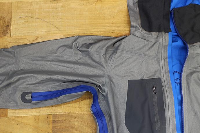 ノローナのフォルケティン ゴアテックスジャケット