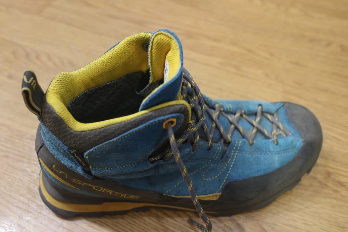 登山靴『ラスポルティバ ボルダー エックス ミッド GTX』