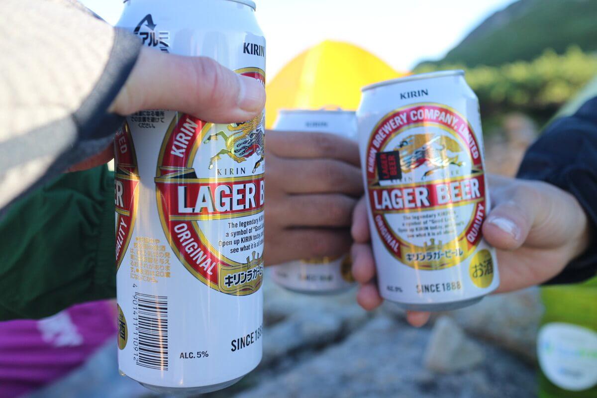 笠ヶ岳のテント場で乾杯