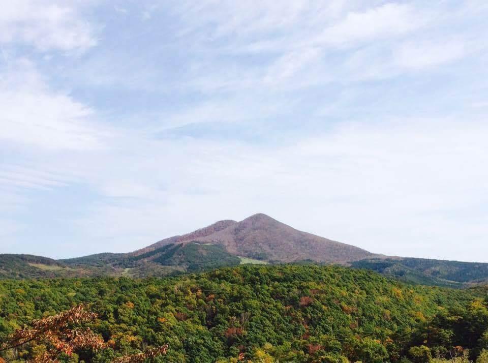 コンパクトカメラで撮影した山