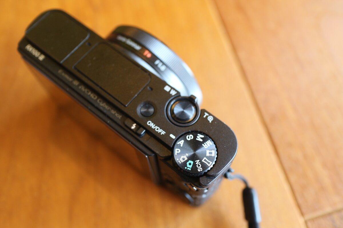 登山用の軽量コンパクトカメラ