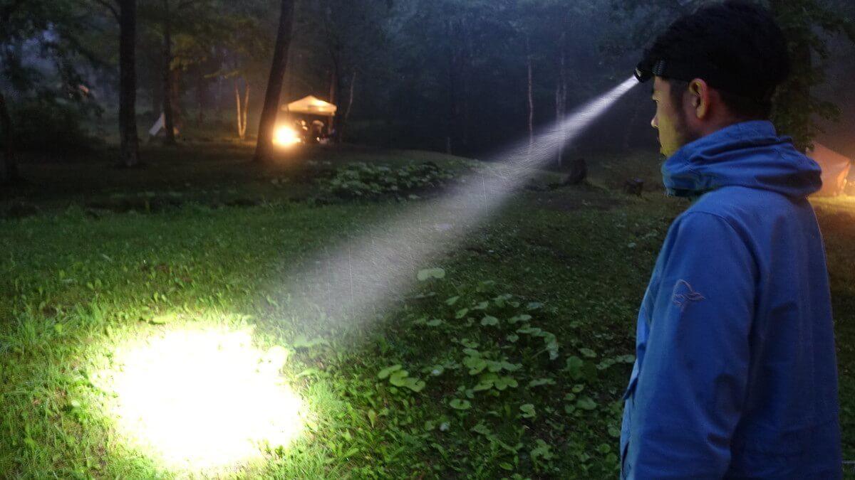 ヘッドランプ レッドレンザーMH5の照射性能