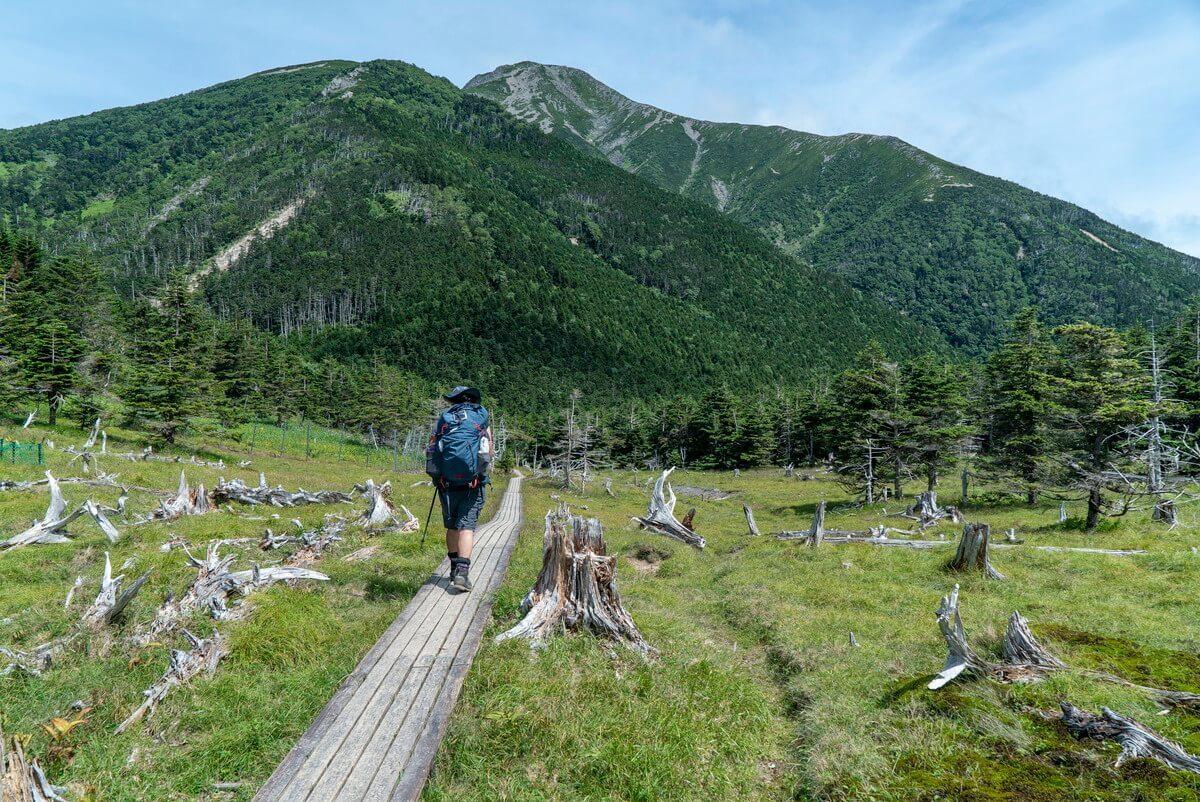 聖平小屋へと向かう木道