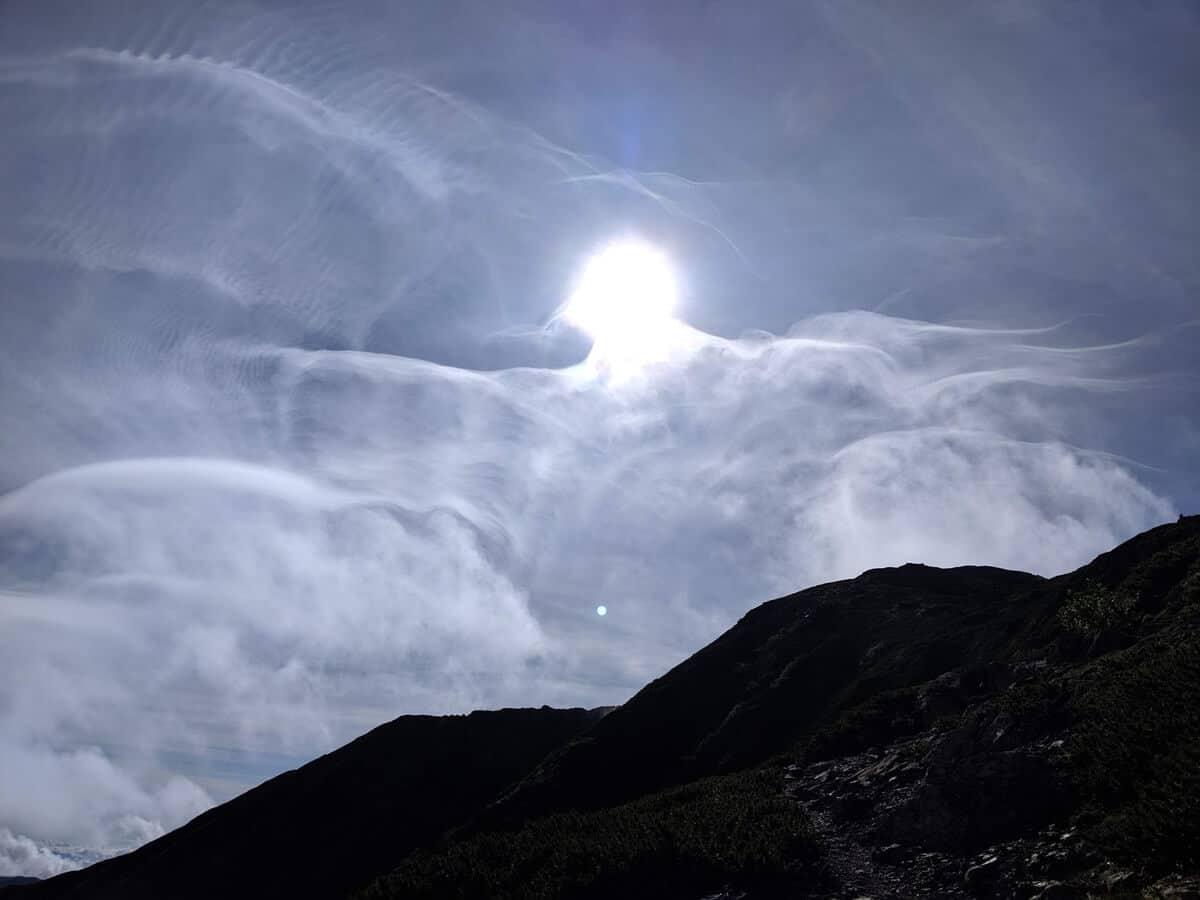 徐々に雲が出始める