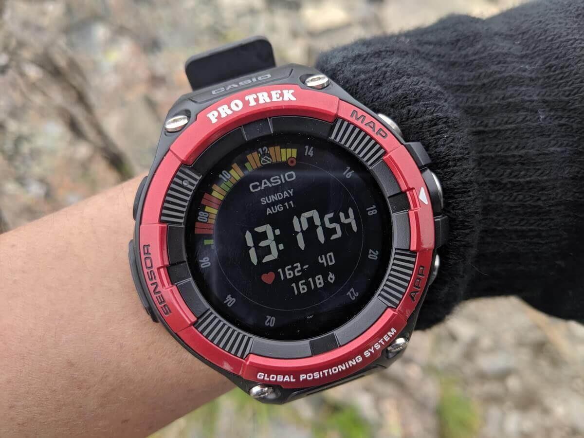 登山・ランニング・日常と便利が沢山のカシオのプロトレックスマート「WSD-F21HR」