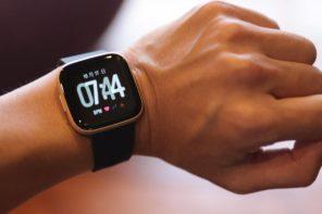 Fitbit Versa 2 健康志向・フィットネス用スマートウォッチ
