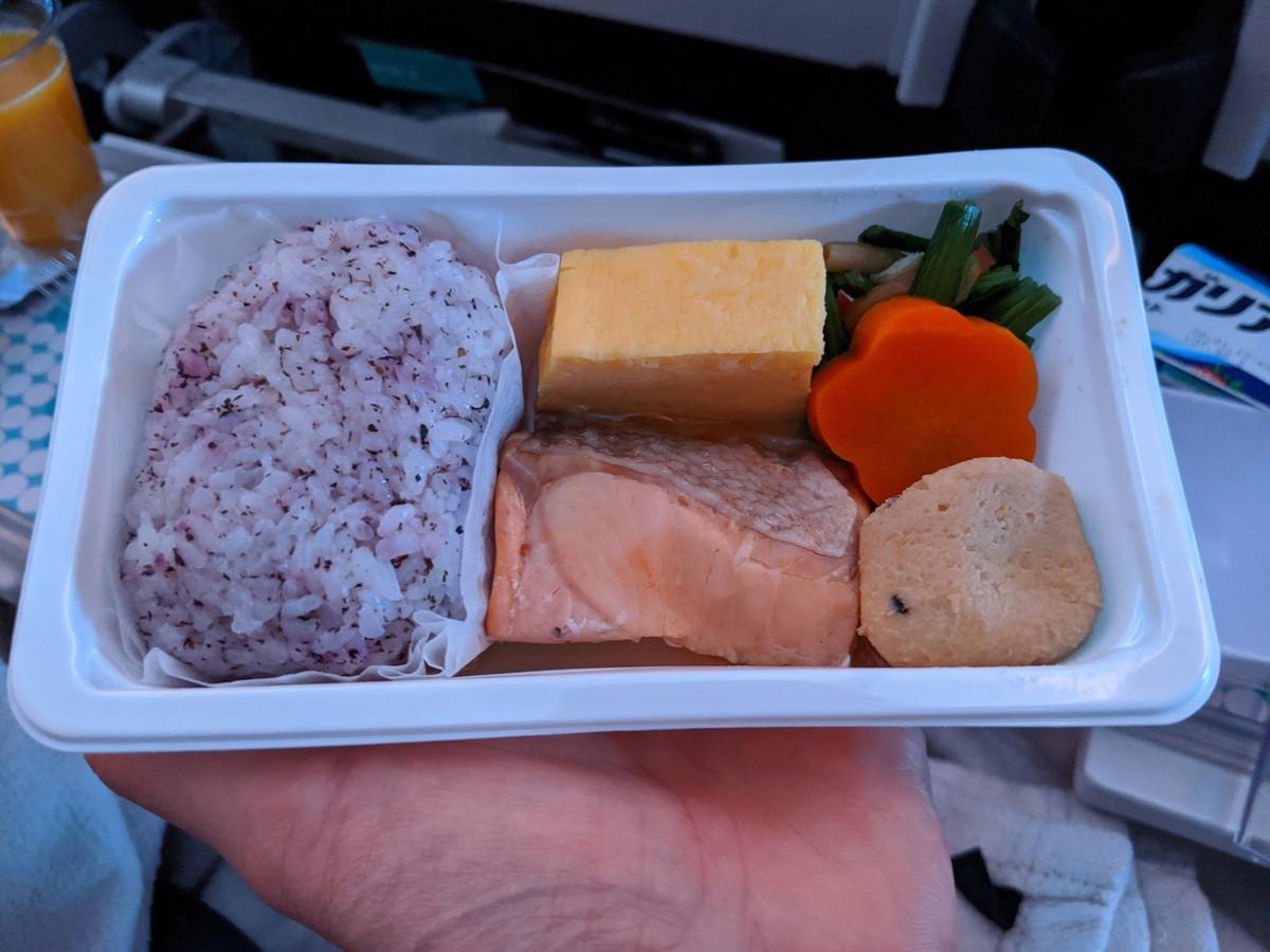 ニュージーランド航空の食事