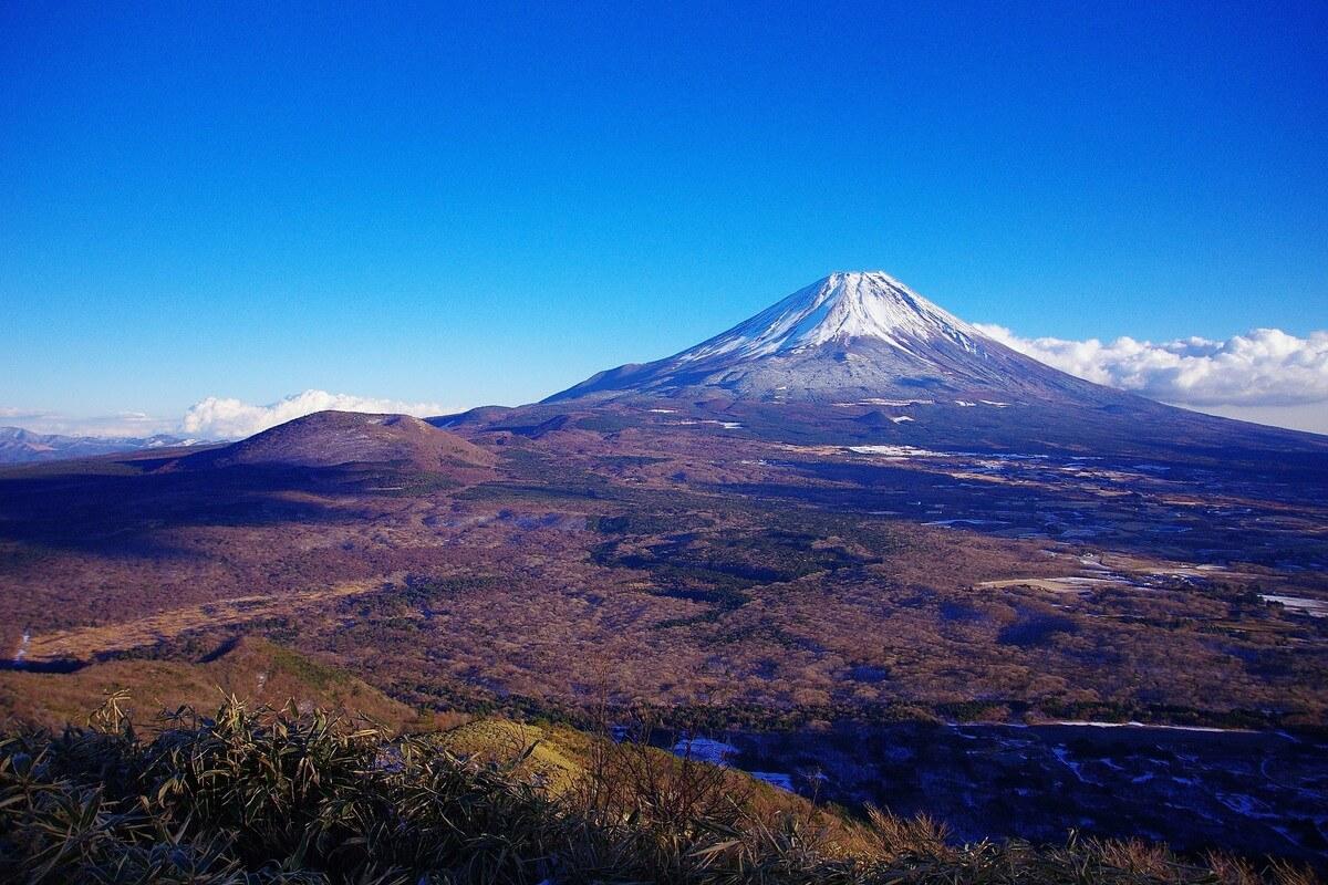 竜ヶ岳(りゅうがだけ)
