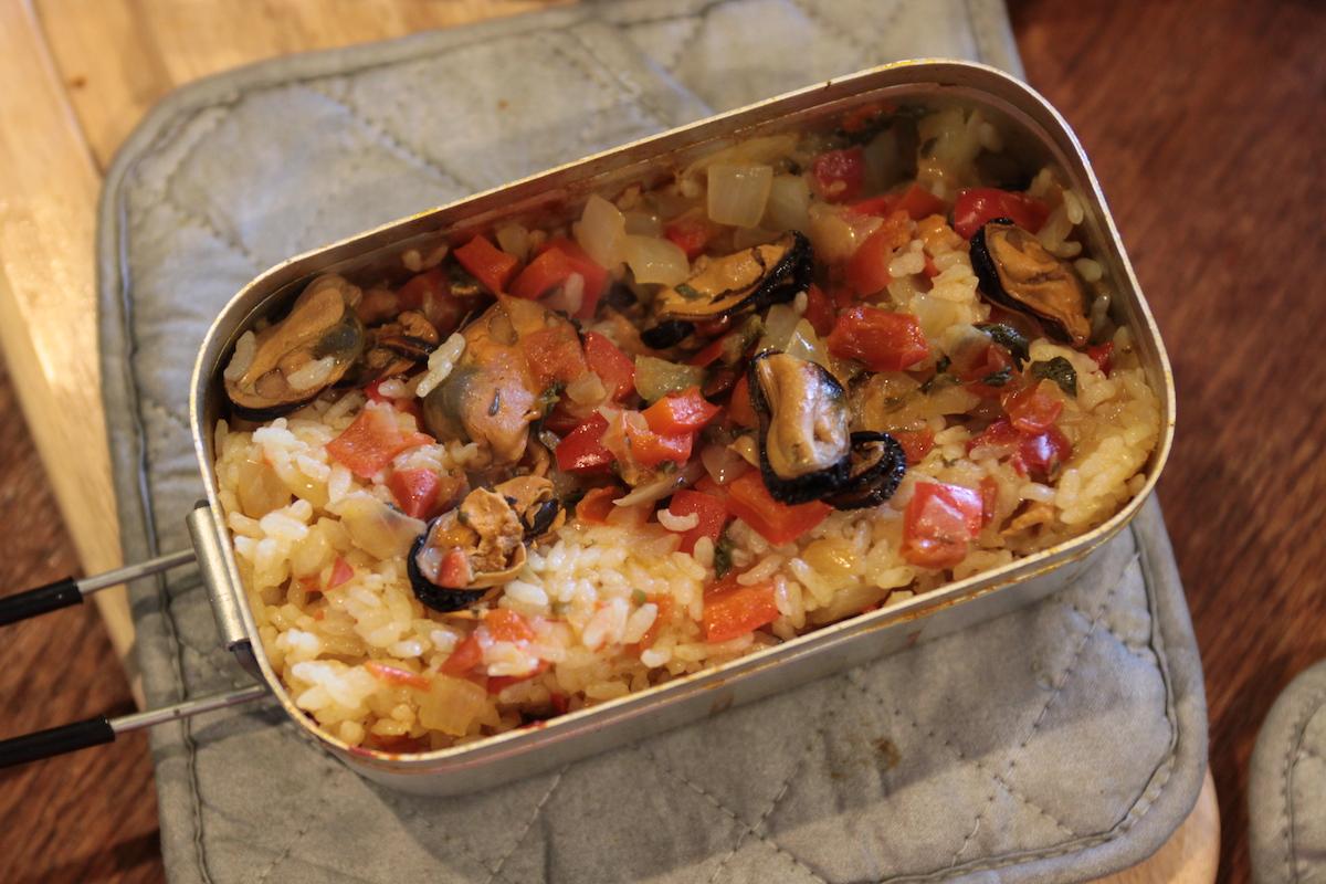 メスティン×パタゴニア プロジョンズで作る簡単炊き込みご飯