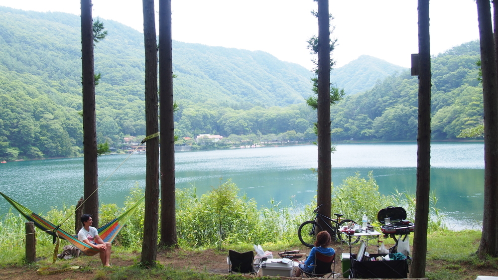四尾連湖 水明荘キャンプ場