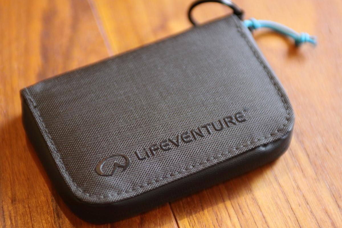 ライフベンチャーのコンパクトウォレット 安心で使いやすい財布