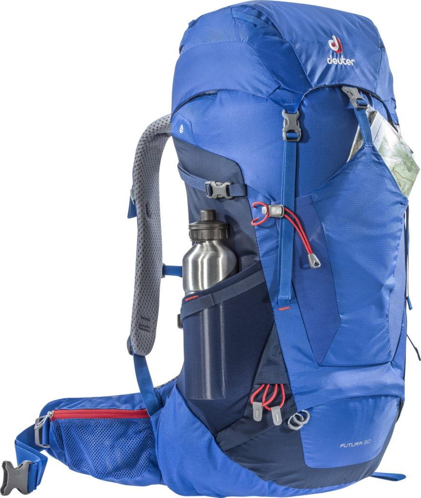 伸縮性のあるメッシュポケットはサイド、フロントに備わっており、すぐに取り出したいものを収納しておくことができます。