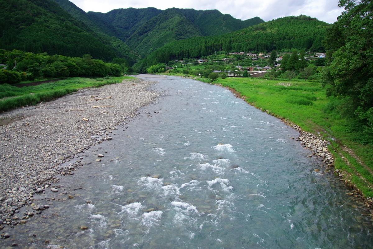 鮎で知られる清流・日置川