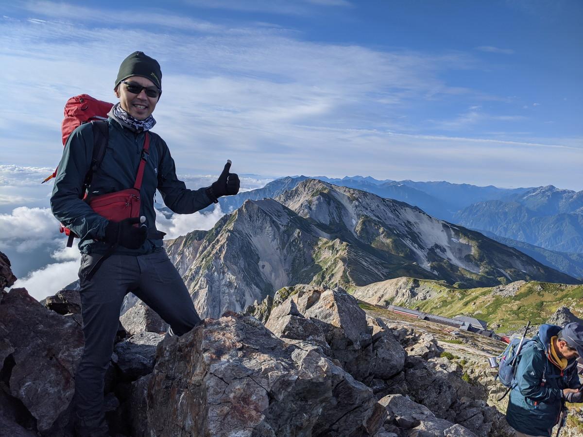白馬岳でアルプスを眺める