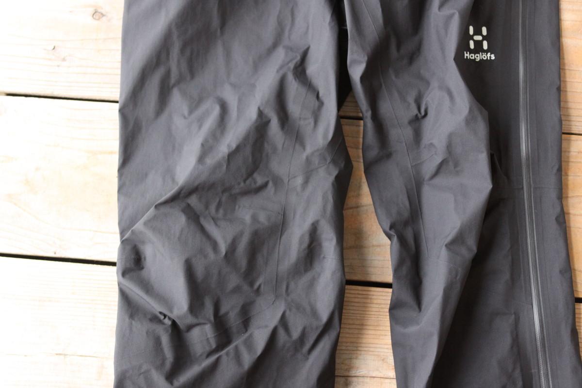 ホグロフスのレインパンツの縫製