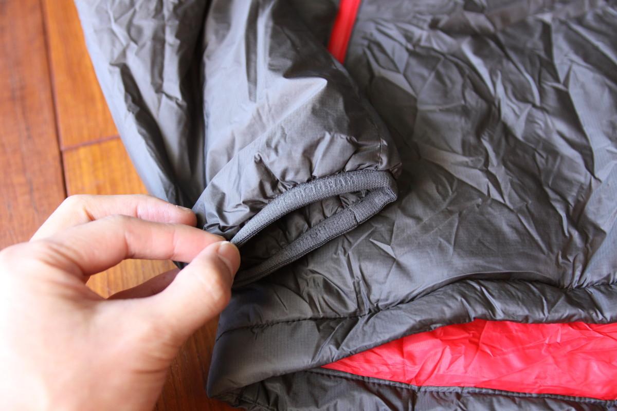 ゼログラム 化繊ジャケット 袖口