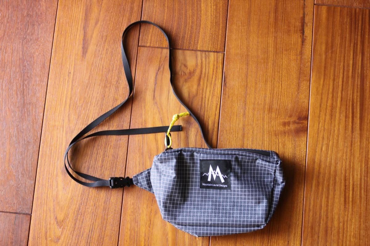 【レビュー】マウンテンローレルデザイン ブリトーウエストパック-絶妙なサイズのサコッシュ