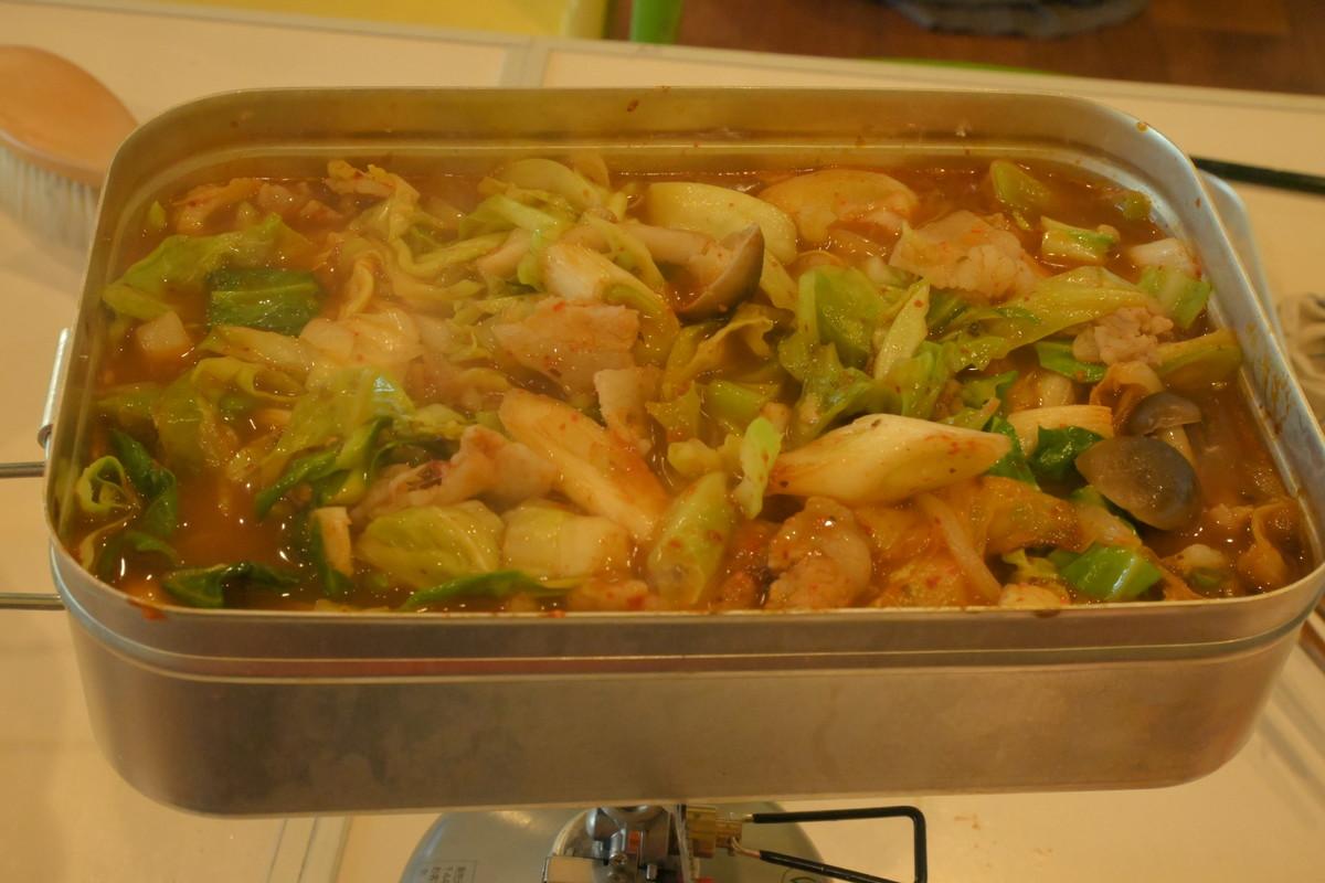 ラージメスティン山ごはんレシピ−キムチ鍋