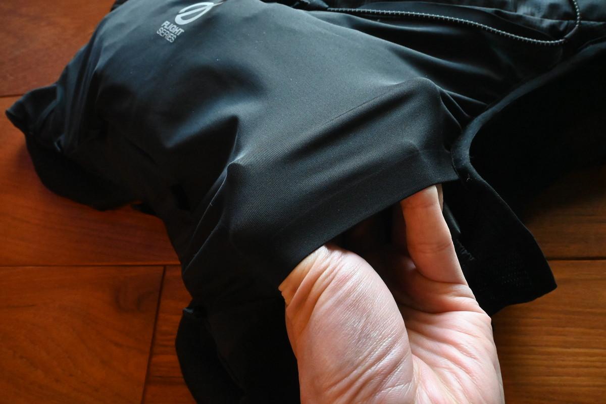 ザ・ノース・フェイスのTR6 背面のストレッチポケット