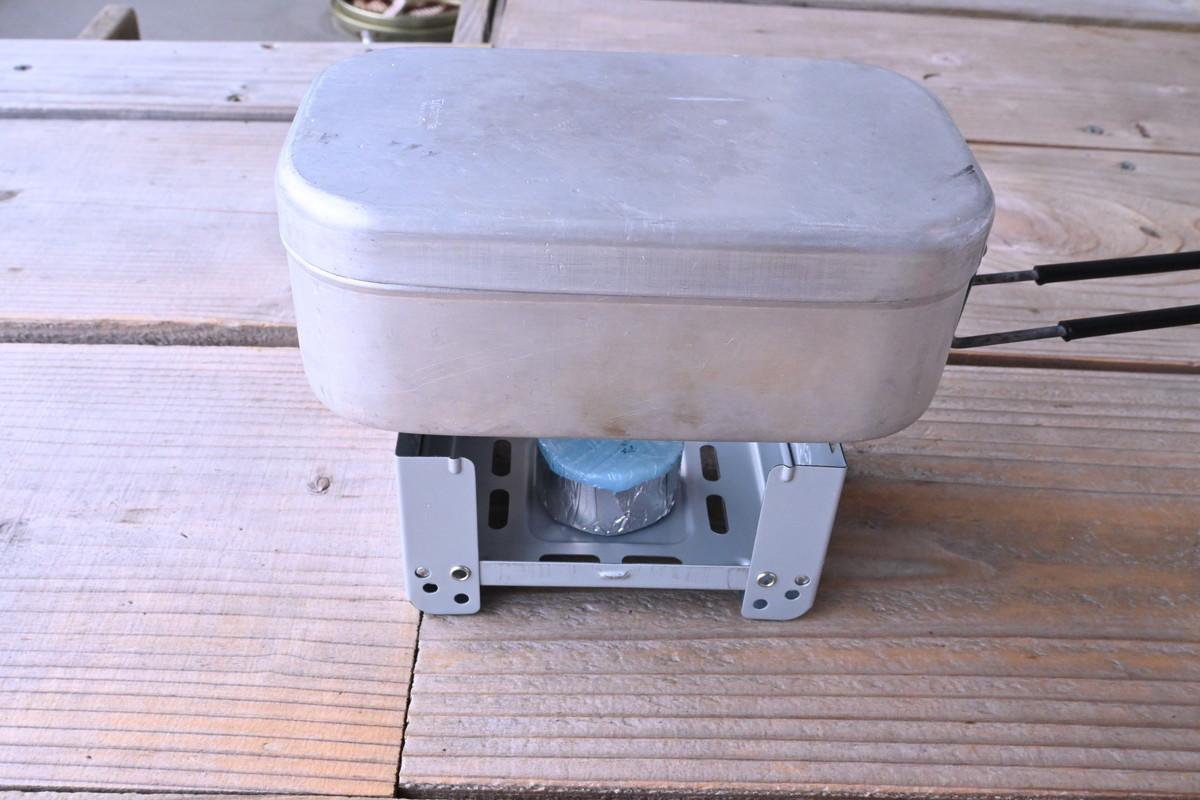メスティン 固形燃料 缶詰 炊き込みご飯 レシピ 蒸らし